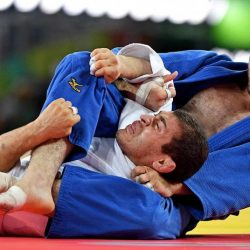 Travis Stevens wins silver medal in men's 81kg judo – Watch his bow and arrow choke in the semifinals