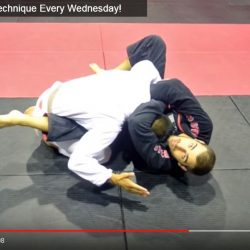 Technique Friday: loop choke from closed guard